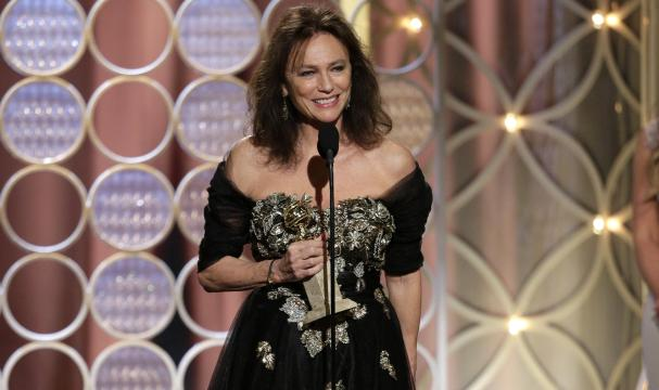 Jacqueline Bisset's Bizarre Acceptance Speech At 2014 Golden Globes